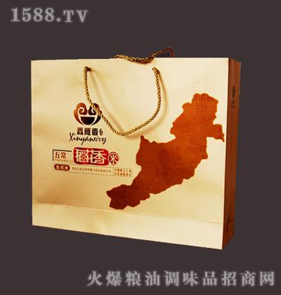 包装 包装设计 购物纸袋 纸袋 400_420