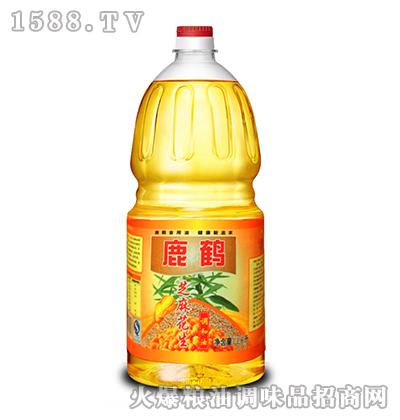 鹿鹤芝麻花生调和油1.6L