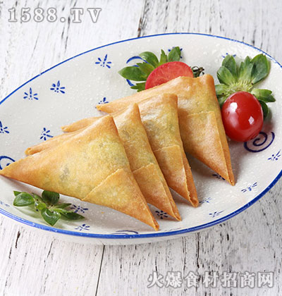 环榕-鸡肉咖喱角