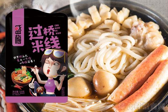 盛梅过桥米线,米香浓郁,回味无穷,美味佳选!