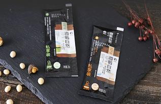 欣和遵循自然黄贡椒辣椒酱